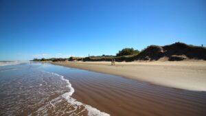 Costa Atlántica Playas Buenos Aires Turismo en Argentina Costa Azul